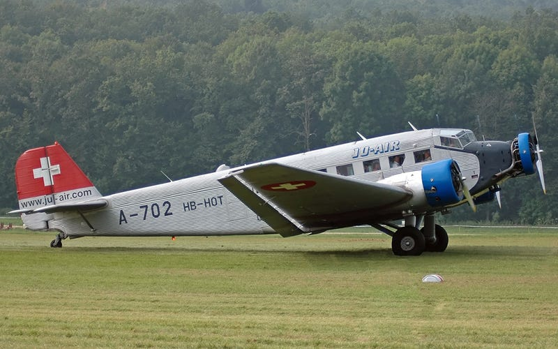 Junkers Ju-52 HB-HOT photographed in 2005 (Kogo)