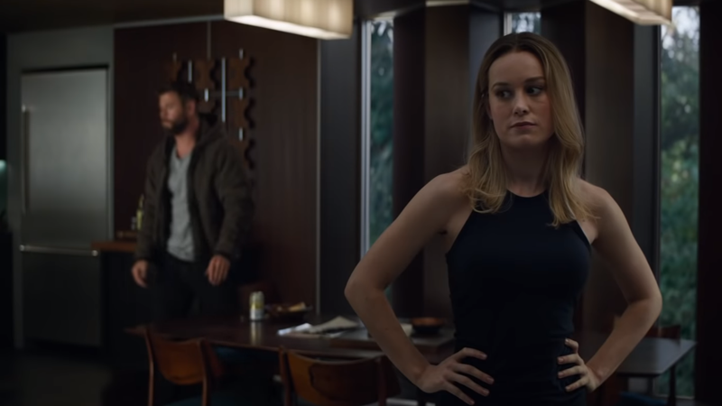 Chris Hemsworth and Brie Larson in Avengers: Endgame, maybe trying to figure out just what is happening in the script around their lines.
