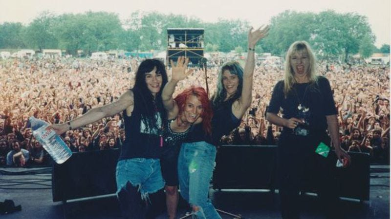 Illustration for article titled L7 announces North American tour