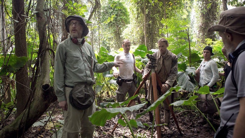 James Gray (left) directing The Lost City Of Z (Photo: Amazon Studios)