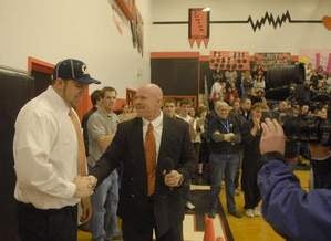 Illustration for article titled Fernley Coach May Lose Job Over Hart Situation