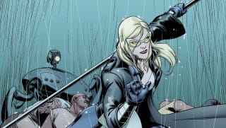 Illustration for article titled Adrianne Palicki's Mockingbird Outfit On Agents Of SHIELD Is SO GOOD