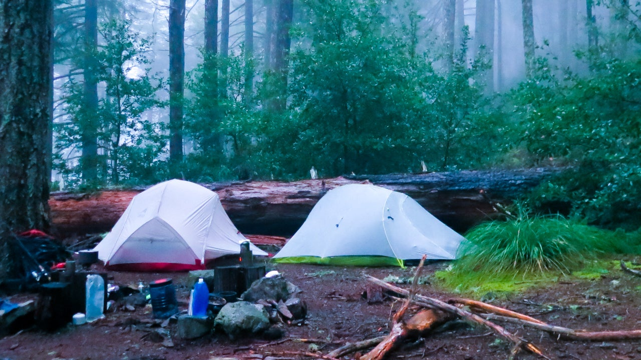 Do you get wet when it rains? Can you feel the weight saving on your back? Are the tiny interior proportions worth a few fewer ounces? : lightest free standing tent - memphite.com