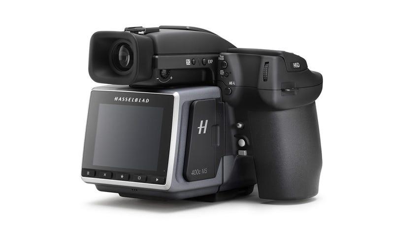 Illustration for article titled La nueva cámara de Hasselblad es un monstruo capaz de tomar fotos de 400 mpx que pesan 2,4GB cada una