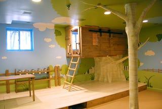 Kidtropolis\' Magic Indoor Treehouse Bedroom
