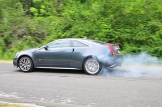 Illustration for article titled Cadillac CTS-V Coupe: First Burnout!