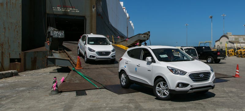 Illustration for article titled Californians Can Lease A Fuel Cell Hyundai Tucson With Free Refills