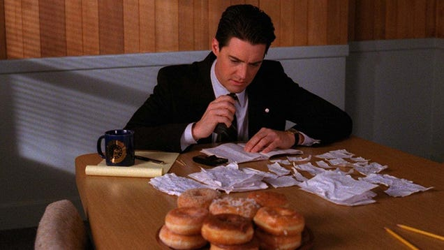 On Twin Peaks Day, We Want to Know: What s Your All-Time Favorite Moment on the Show?