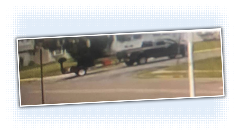 Illustration for article titled Let's Help ID the Truck Used by Some Scumbags to Scam a Grandma