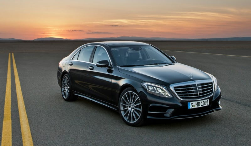 Illustration for article titled Mercedes Uses An Airbus A380 To Luxgasmically Launch The 2014 S-Class