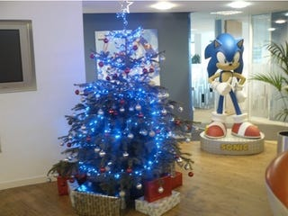 Illustration for article titled Look At The SEGA Europe Christmas Tree, Do It