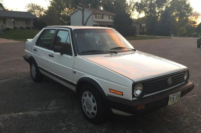 Illustration for article titled For $3,000, This 1987 VW Jetta GLi, Is A Parts Car (In A Good Way)