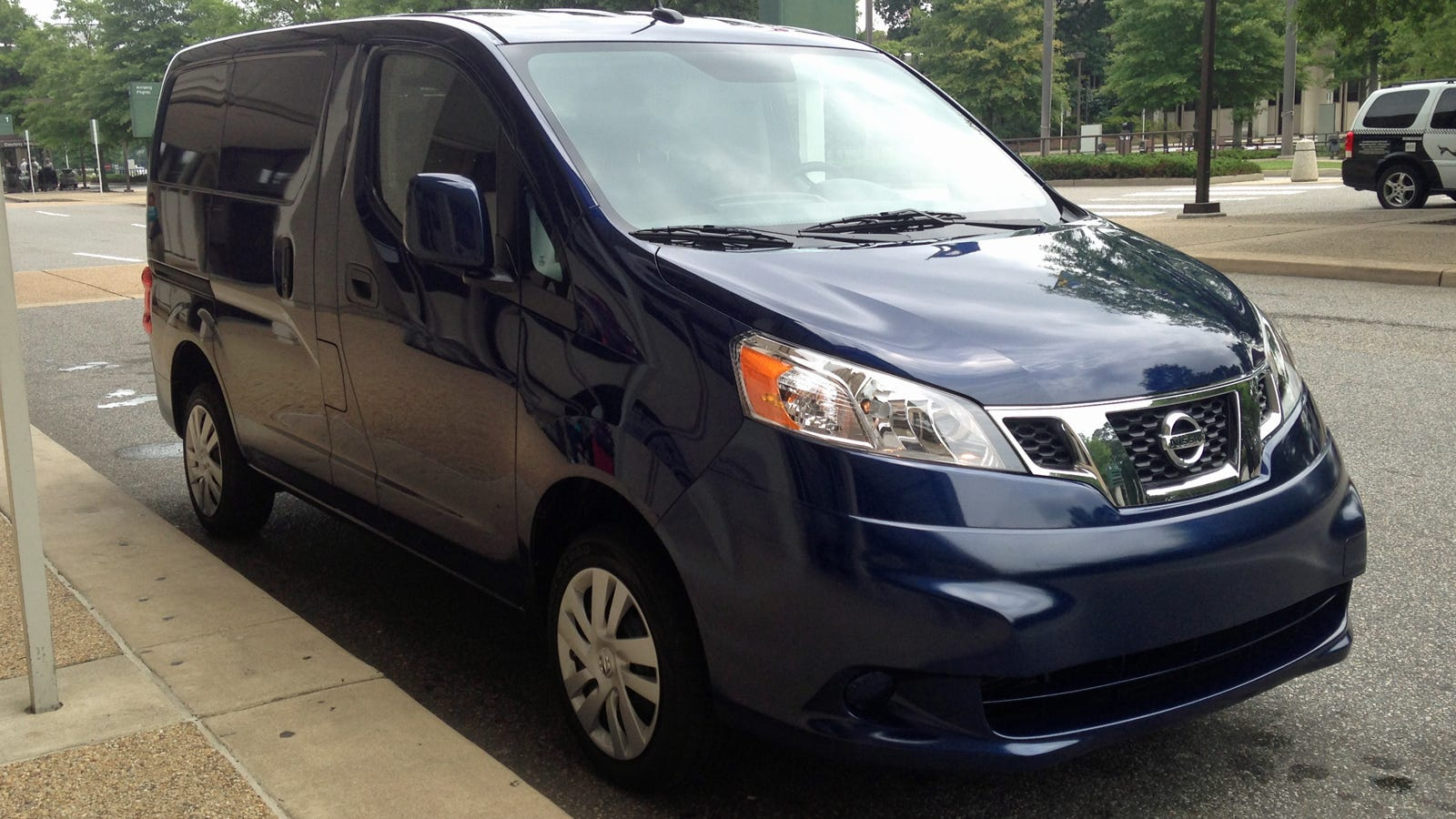i 39 m moving into a 2014 nissan nv200 compact cargo van ask me anything. Black Bedroom Furniture Sets. Home Design Ideas