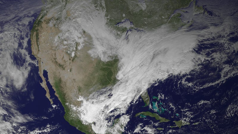 Illustration for article titled The Snowstorm Ruining Your Day Looks Like a Monster From Space