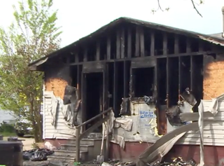 L.J. Gray rushed into his burning home to save his 7-month-old cousin. (WITN screenshot)