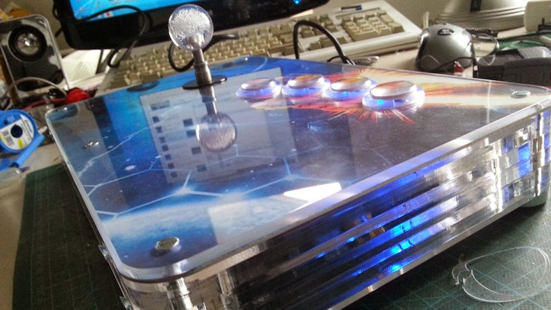 Illustration for article titled This Raspberry Pi-Powered Arcade Stick Is Pre-Loaded with Games