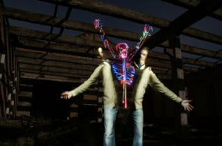 Illustration for article titled Lightpainting Goes Spooky For Halloween