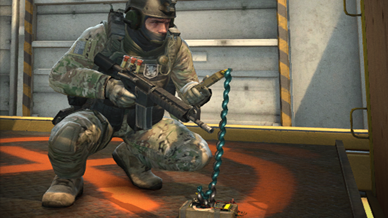 Illustration for article titled Counter-Strike Player Strolls Into Heavily Guarded Bomb Site, Defuses Bomb