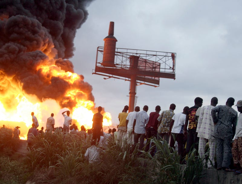 Illustration for article titled 95 Killed In Rush For Free Flames In Nigerian Tanker Fire