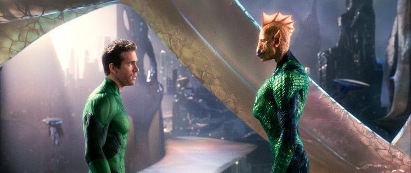 Illustration for article titled High-Res Green Lantern Stills