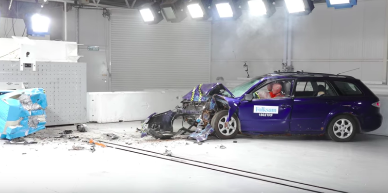 How A Rusted Car Compares To A New One In A Crash Test