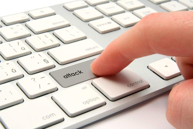 Illustration for article titled Piden que sea legal secuestrar ordenadores sospechosos de piratería