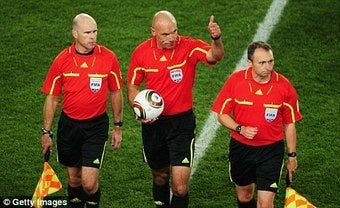 Illustration for article titled Sooth-Saying Wife: My Hubby, the World Cup Finals Ref, Can't Even Control Three Children