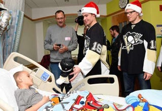 Illustration for article titled NHL's Latest Suspected Mumps Case Visited Children's Hospital Last Week [Update]
