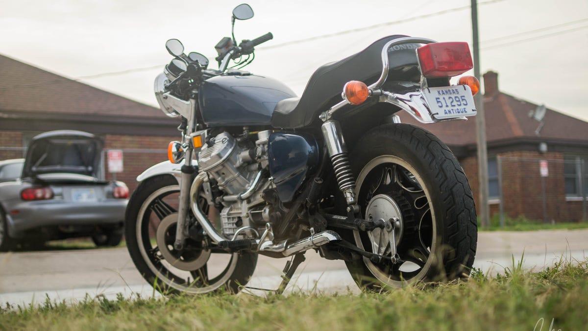 Oppo 2 wheel review: 1980 Honda CX500