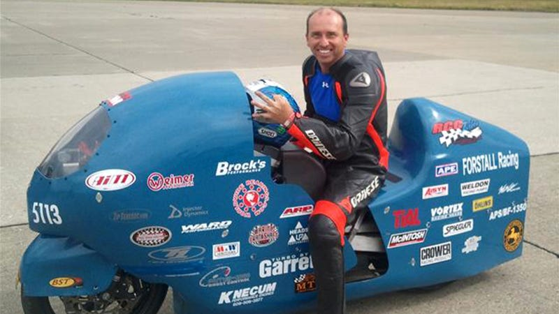 Illustration for article titled Record-Breaking Motorcycle Racer Bill Warner Dies In 300 MPH Attempt