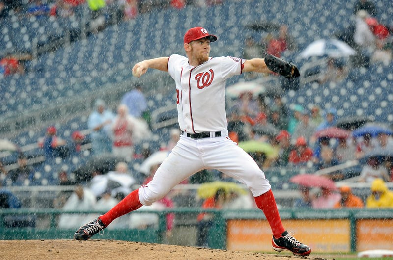 Illustration for article titled Stephen Strasburg Got Icy Hot On His Balls Today