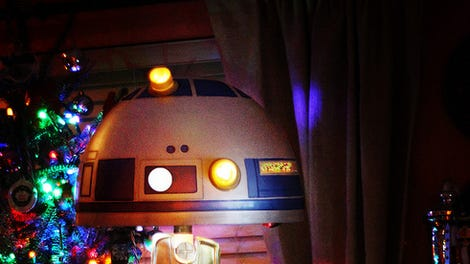 Star Wars/A Christmas Story Droid Leg Lamp Is A Major Award