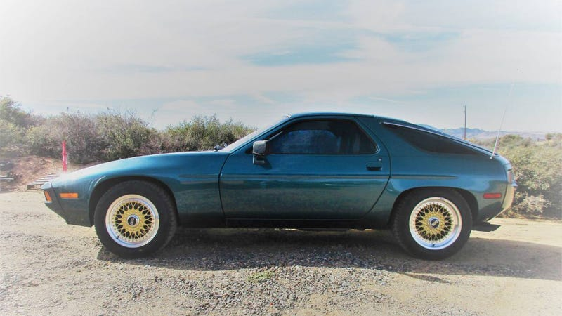 Illustration for article titled Buy This $10,000 Porsche 928 So I Don't Have To