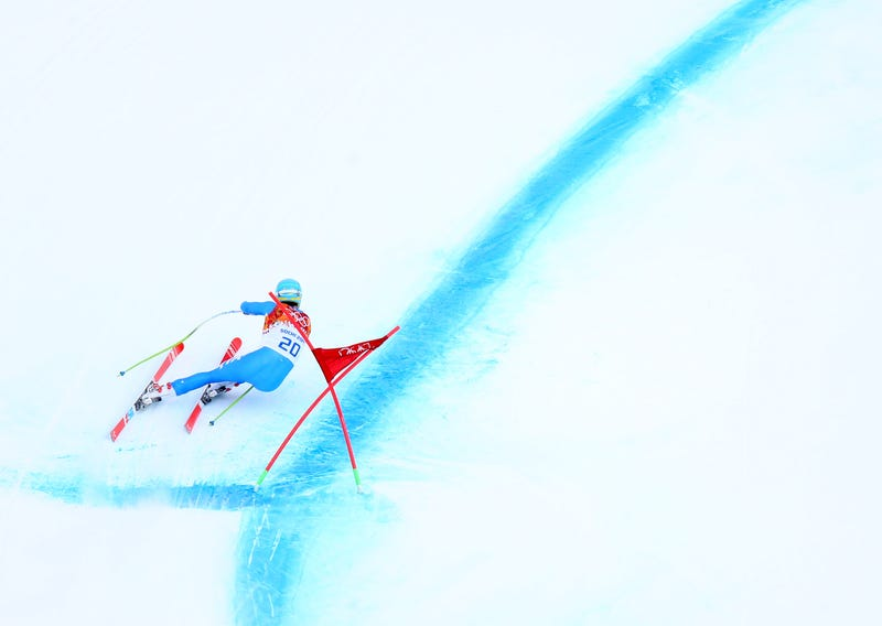 Illustration for article titled The Non-Skier's Guide To Ski Racing (And Ski Crashing)