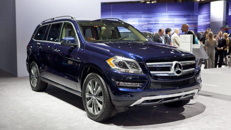 Illustration for article titled 2013 Mercedes GL: Live Photos