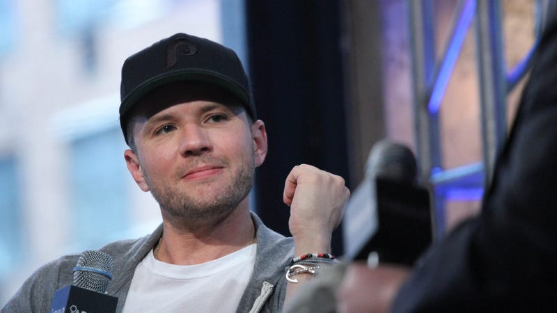 Ryan Phillippe's ex-girlfriend Elsie Hewitt reportedly sues actor over alleged abuse