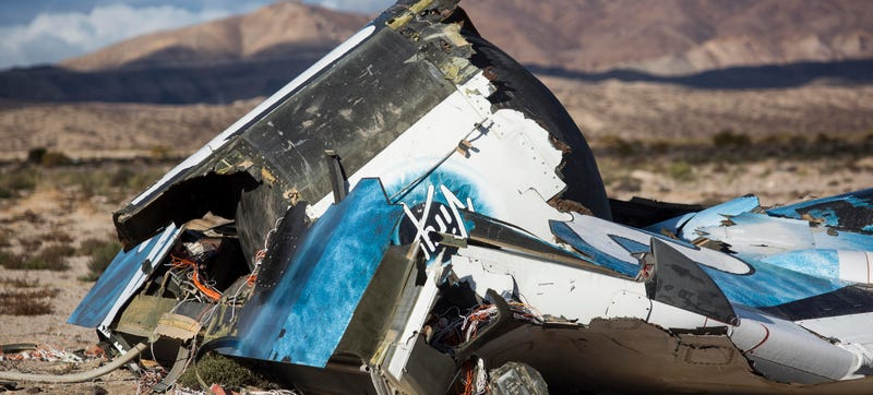 Illustration for article titled Virgin Galactic Pilot Speaks Out About SpaceShipTwo's Tragic Crash