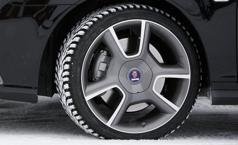 Illustration for article titled Reminder: Saab Once Nailed The 3-Spoke Wheel Design