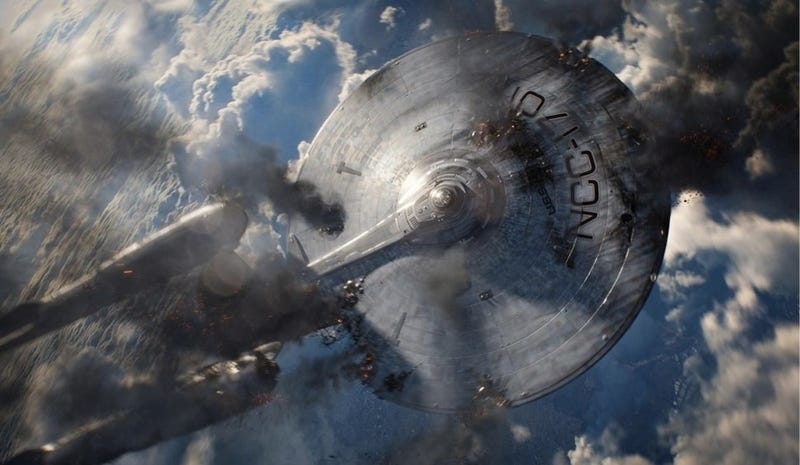 Illustration for article titled Damon Lindelof: Star Trek is hard science fiction, not science fantasy