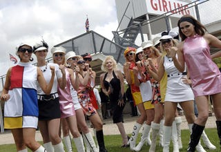 Illustration for article titled Goodwood Revival Ladies Day