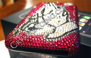 Illustration for article titled Crystal Icing Offers iPhone, Swarovski-Style