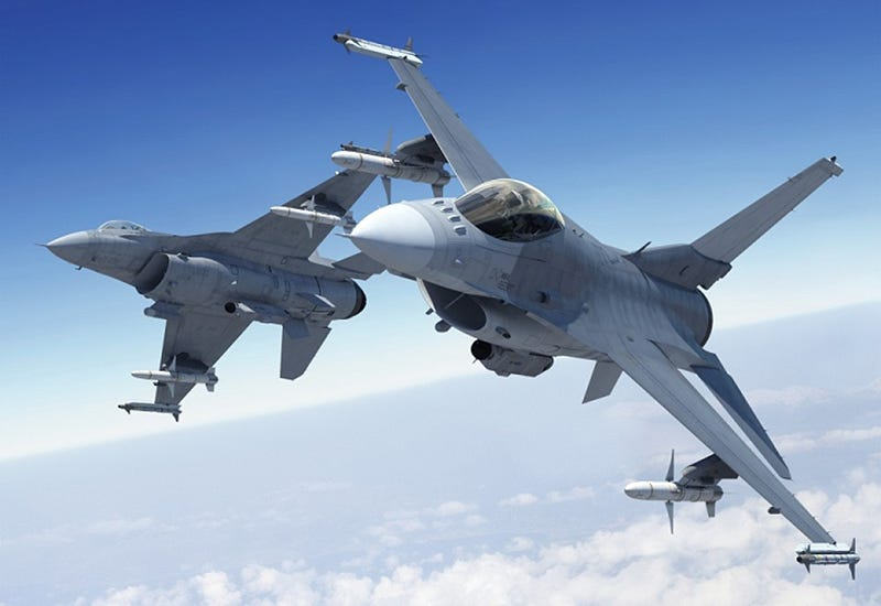 Illustration for article titled First F-16V Flies But Its New Features Won't Show Up On USAF Models