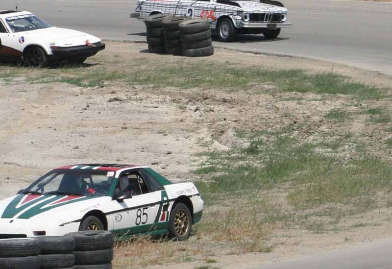 Illustration for article titled Guess The Thunderhill LeMons Effluency Contenders' Lap Totals, Win Fabulous Prizes!