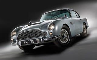 "Illustration for article titled Aston Martin DB5 From ""Goldfinger"" Sells For $4.1 Million"