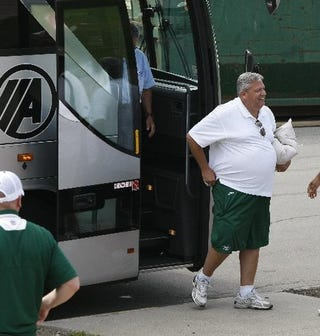 Illustration for article titled Rex Ryan Loses Weight-Loss Contest, Despite Having Lap-Band Surgery