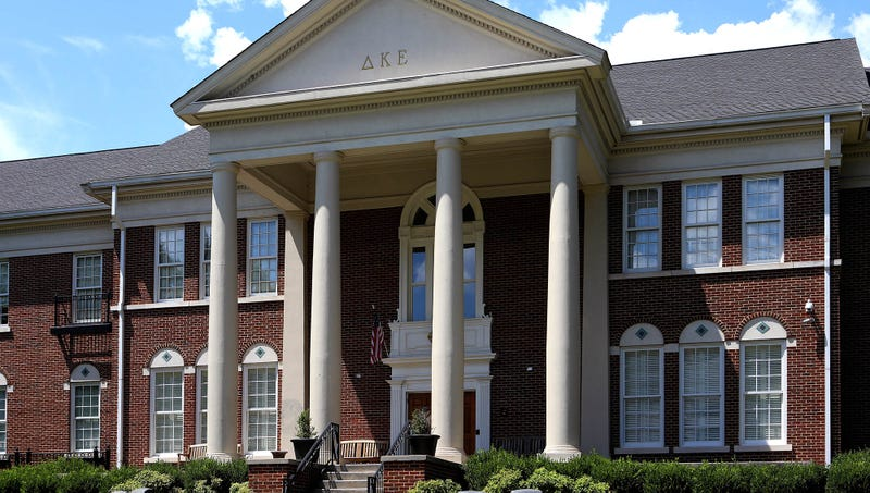 Illustration for article titled University Suspends All Lightweights From Campus Following Fraternity Hazing Death