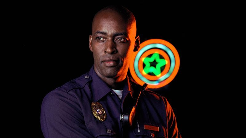 Illustration for article titled The Shield's Michael Jace charged with murdering his wife