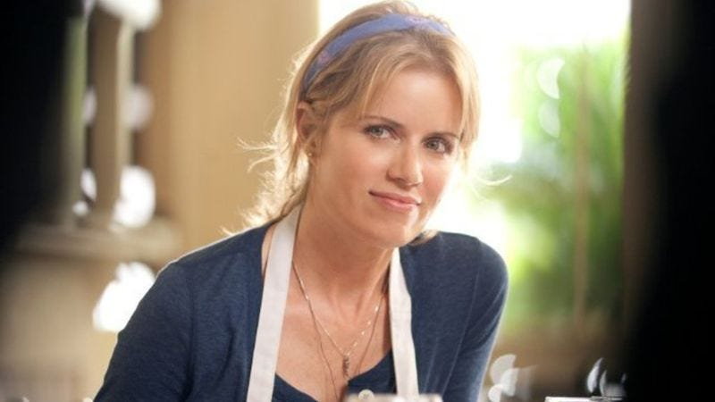 Illustration for article titled Kim Dickens to star in a new CBS pilot that combines high school and the CIA