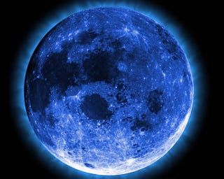 Illustration for article titled This New Year's Eve Brings the Rarest Blue Moon of All