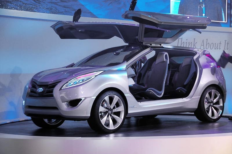 Illustration for article titled Hyundai Nuvis Concept Takes Flight With Massive Gullwing Doors
